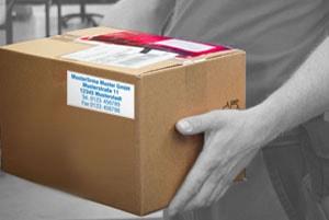 Versandetiketten für Pakete